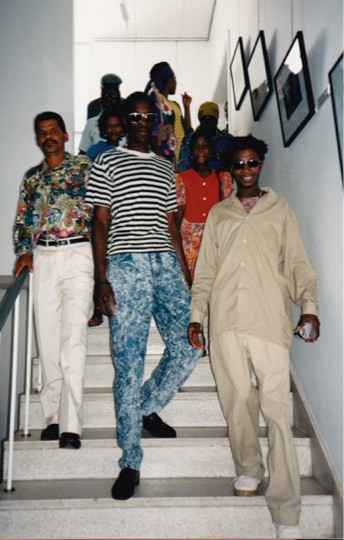 Okombahe photographers arriving at the opening of the exhibition Matida Sida ra Mûgu (How We See Each Other) at the National Art Gallery of Namibia in Windhoek, 1995 (photo: Rick Rohde, 1995)