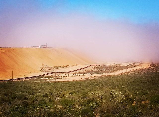 Brand se Baai ilmenite mine shrouded in Atlantic Ocean coastal fog. Photo: Sian Sullivan 060917.