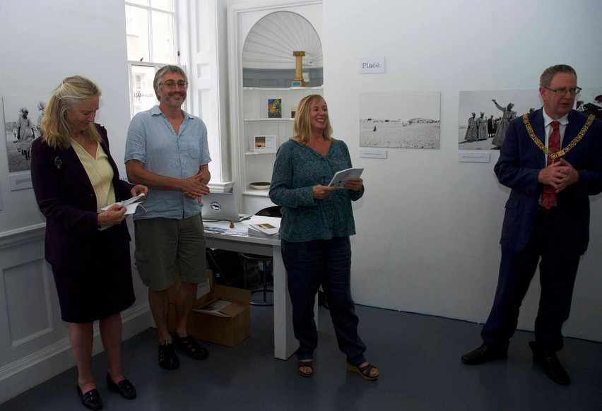 Prof. Sian Sullivan, (principal investigator of the Future Pasts research project) thanking Katie O'Brien (director of Gallery 44AD), with Bath Spa University's Vice-Chancellor Prof. Christina Slade, the Mayor of Bath Ian Gilchrist and Dr Mike Hannis (Future Pasts project)