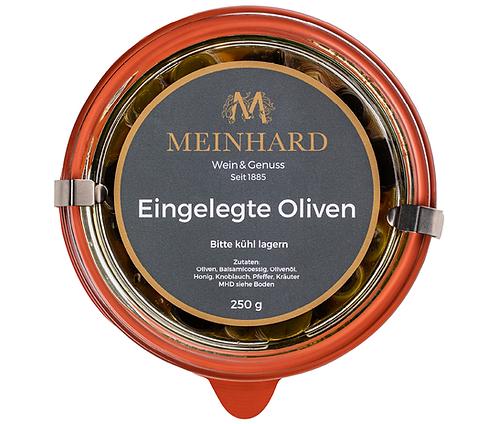 Eingelegte Oliven im Weckglas