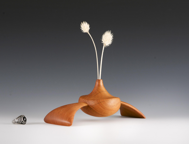 Modern sculpture / Weedpot vase