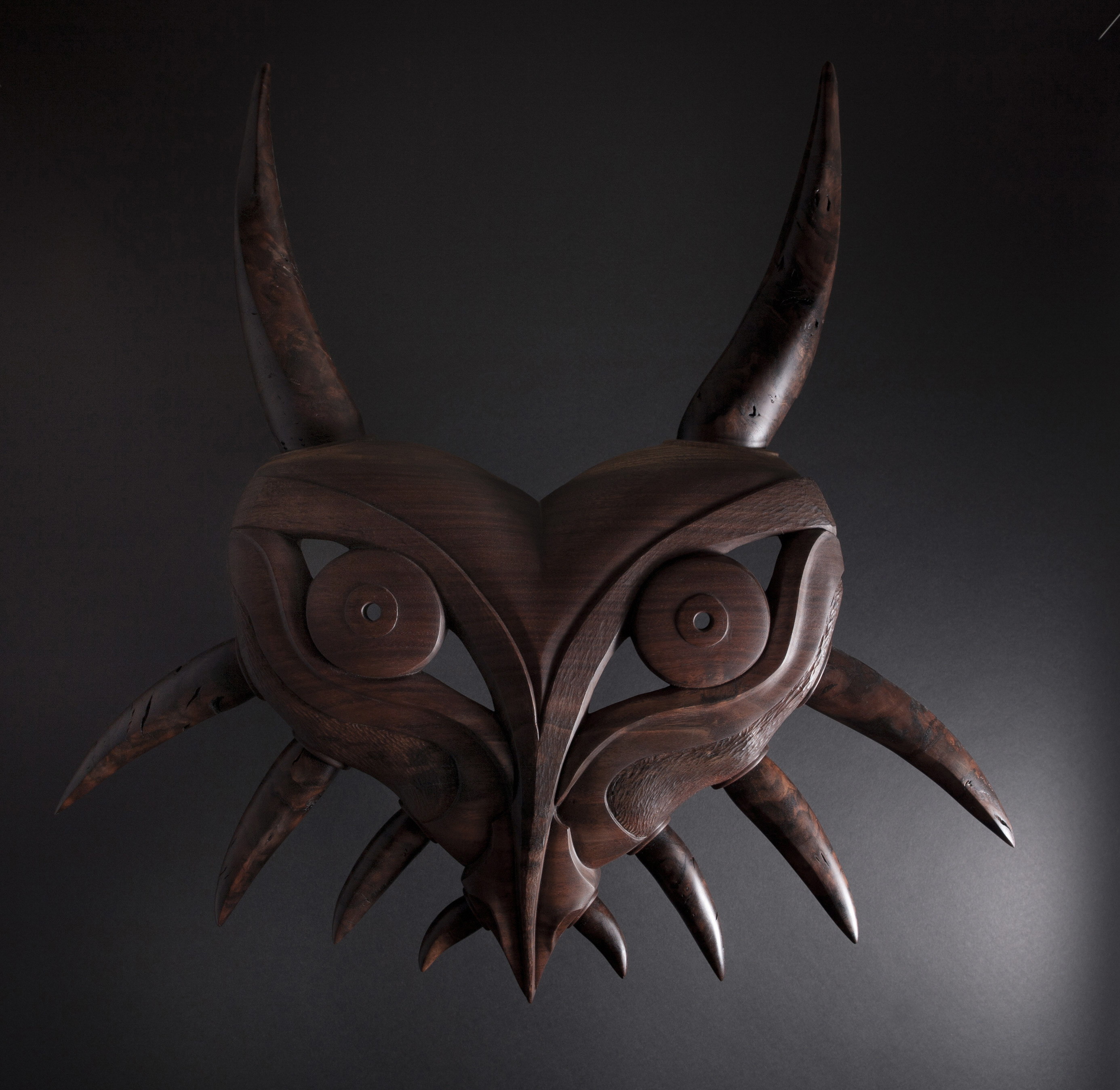 Large Majora's mask / Haida mantis