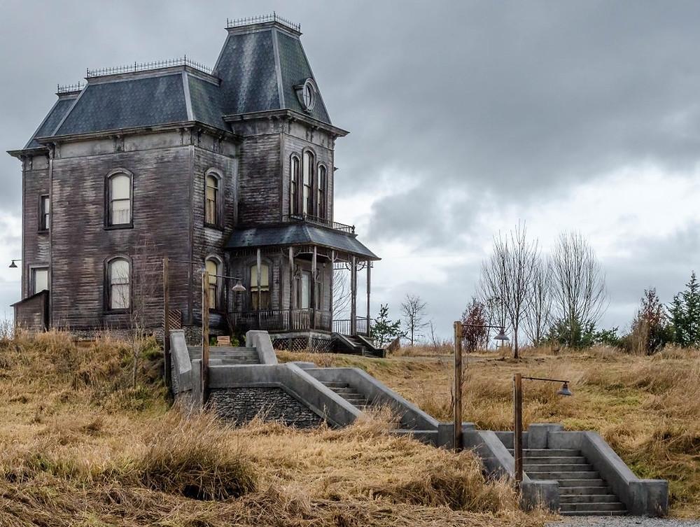 casa vitoriana terror arquitetura