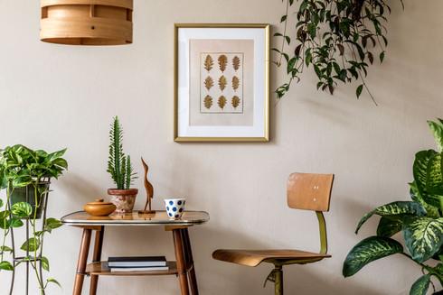 Tableau de peinture & feuilles de chêne séchées