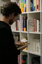 Bibliothek, unbearbeitet, Platzhalter.JP