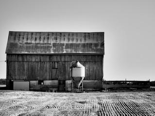 Barn, Highway 86