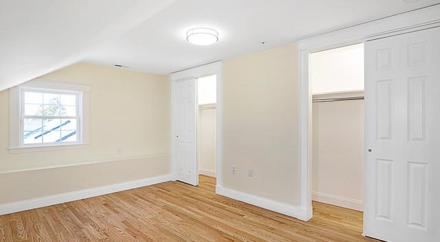 Bedroom w Dual Closets