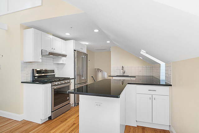 Granite counters, stainless appliances.