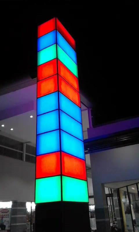 Phola Mall Illuminated Pylon Display