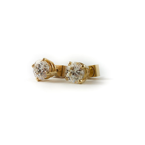 14k 0.50ctw diamond studs