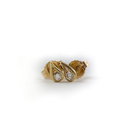 14k 0.04ct diamond earrings
