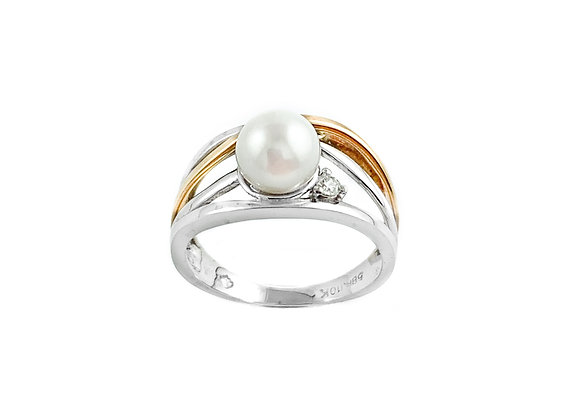 10k pearl & diamond ring