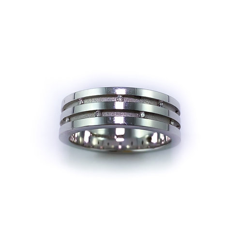 7.5mm 10k gold & diamond band
