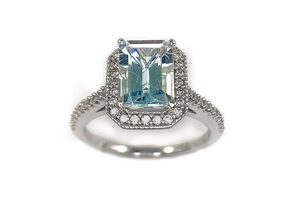 10k aquamarine and 0.23diamond ring