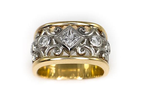 14k 0.26ct princess cut diamond Max Strauss ring