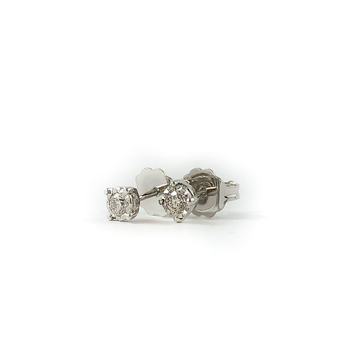 10k 0.05ctw diamond studs