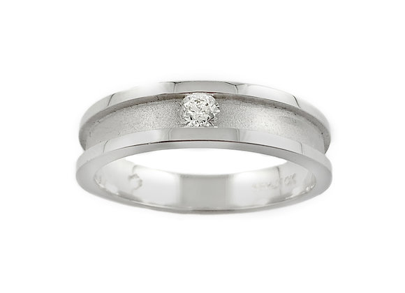 14k 0.08ct canadian diamond gents ring