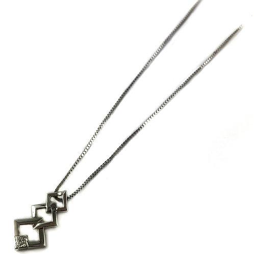 10k 0.08ctw Canadian diamond pendant