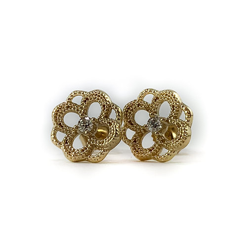 10k .05ctw Canadian diamond earrings