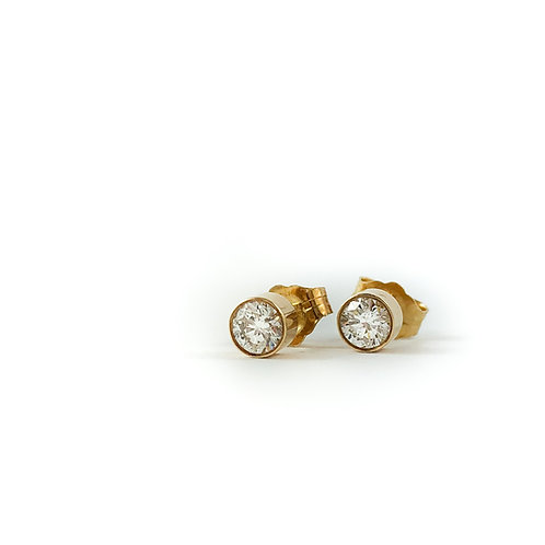 14k 0.20ctw diamond studs