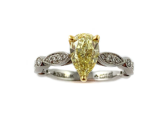 18k .90ctd VVS2 fancy yellow diamond ring