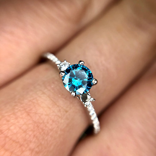 18k blue diamond ring