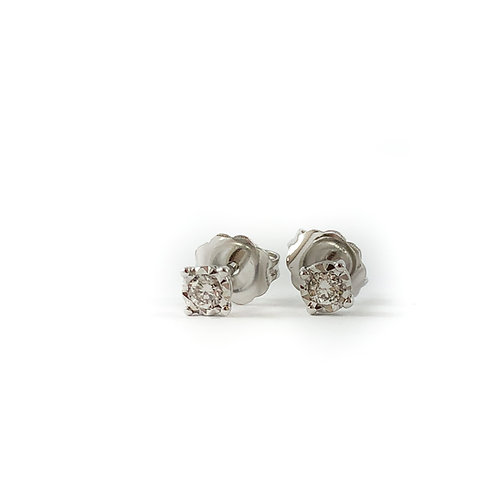 10k 0.03ctw diamond studs