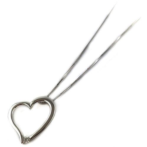 10k Canadian diamond heart pendant