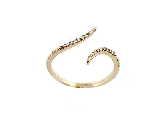 10k ladies diamond ring