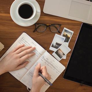 Se ami scrivere non farti abbattere dalle avversità. Dal sito web ai servizi di self-publishing.