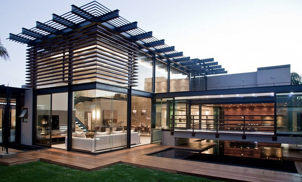 Modern / Contemporary Style Home