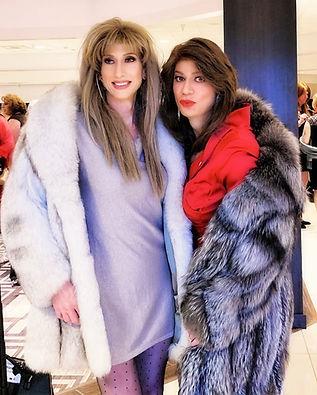 Lana & Nora 2019_v3 .jpg