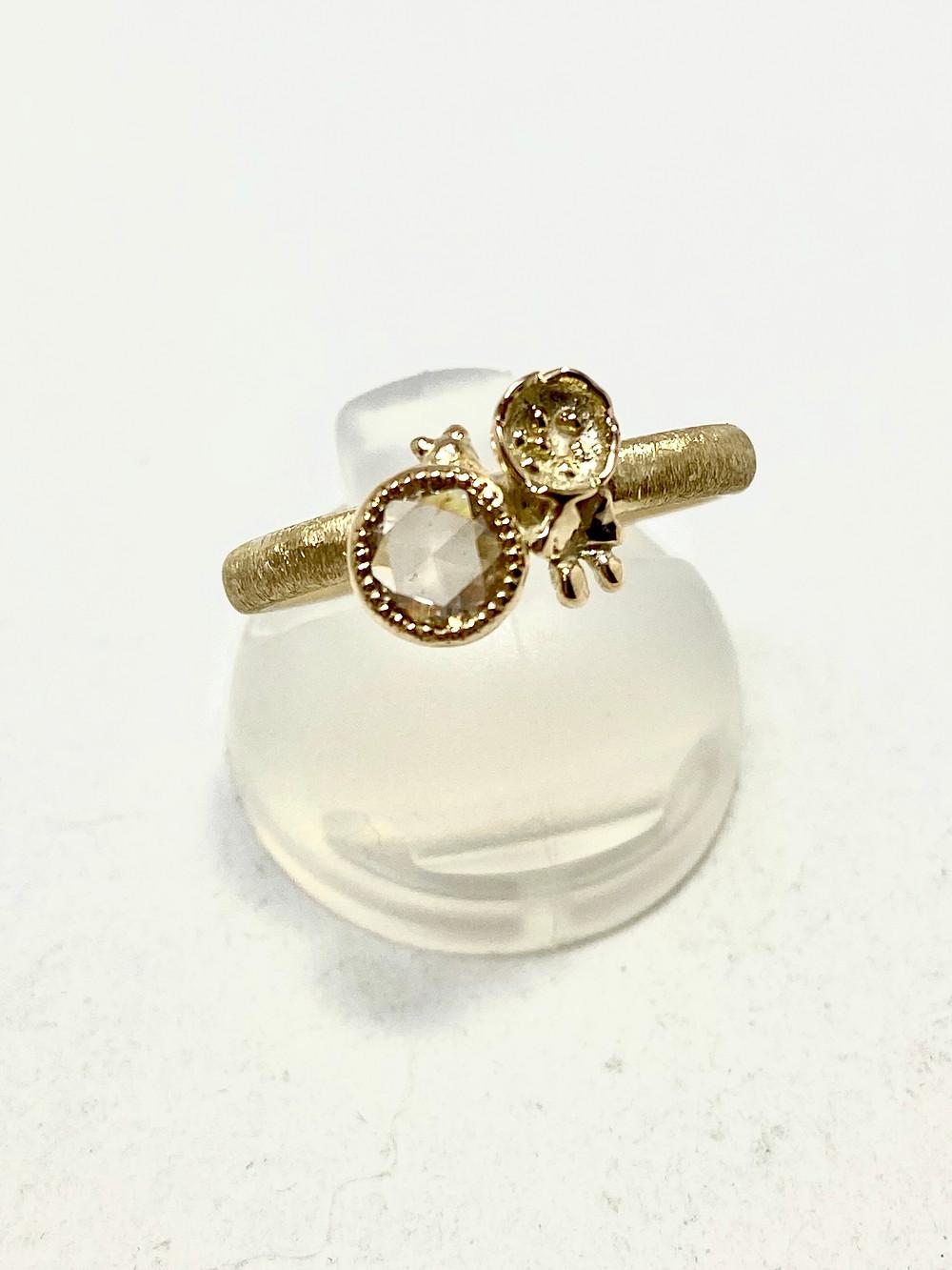 K10ダイヤと花と猫と 指輪
