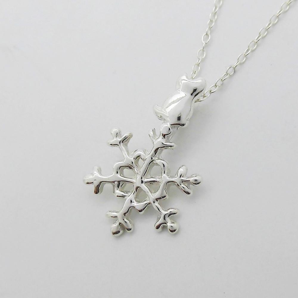 雪結晶猫 ネックレス