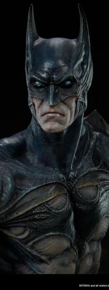 Gotham-City-Nightmare-Batman-Statue-003.