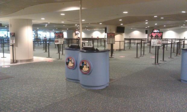Disney's Magical Express Kiosk Desk