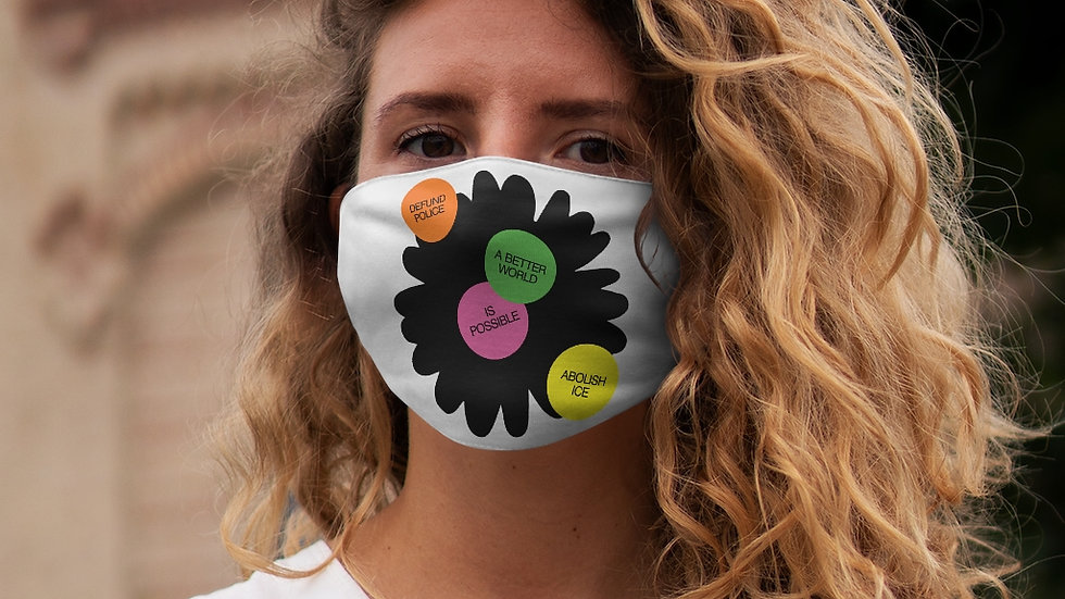 A BETTER WORLD Mask (@laurrojas)