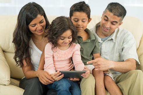 Family-reading2.jpg