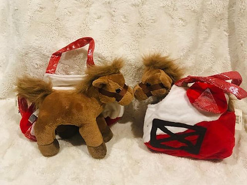 Plush Horse and Carrier Stable