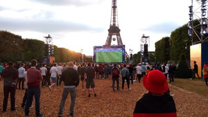 "Москва FM: ""Во Франции двое россиян получили сроки за драку на Евро-2016"""