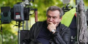 """Известия: """"Цой мертв: что кроется за скандалом вокруг нового байопика"""""""