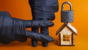 """РБК: """"Домашний арест: что можно и что нельзя делать заключенному в квартире"""""""