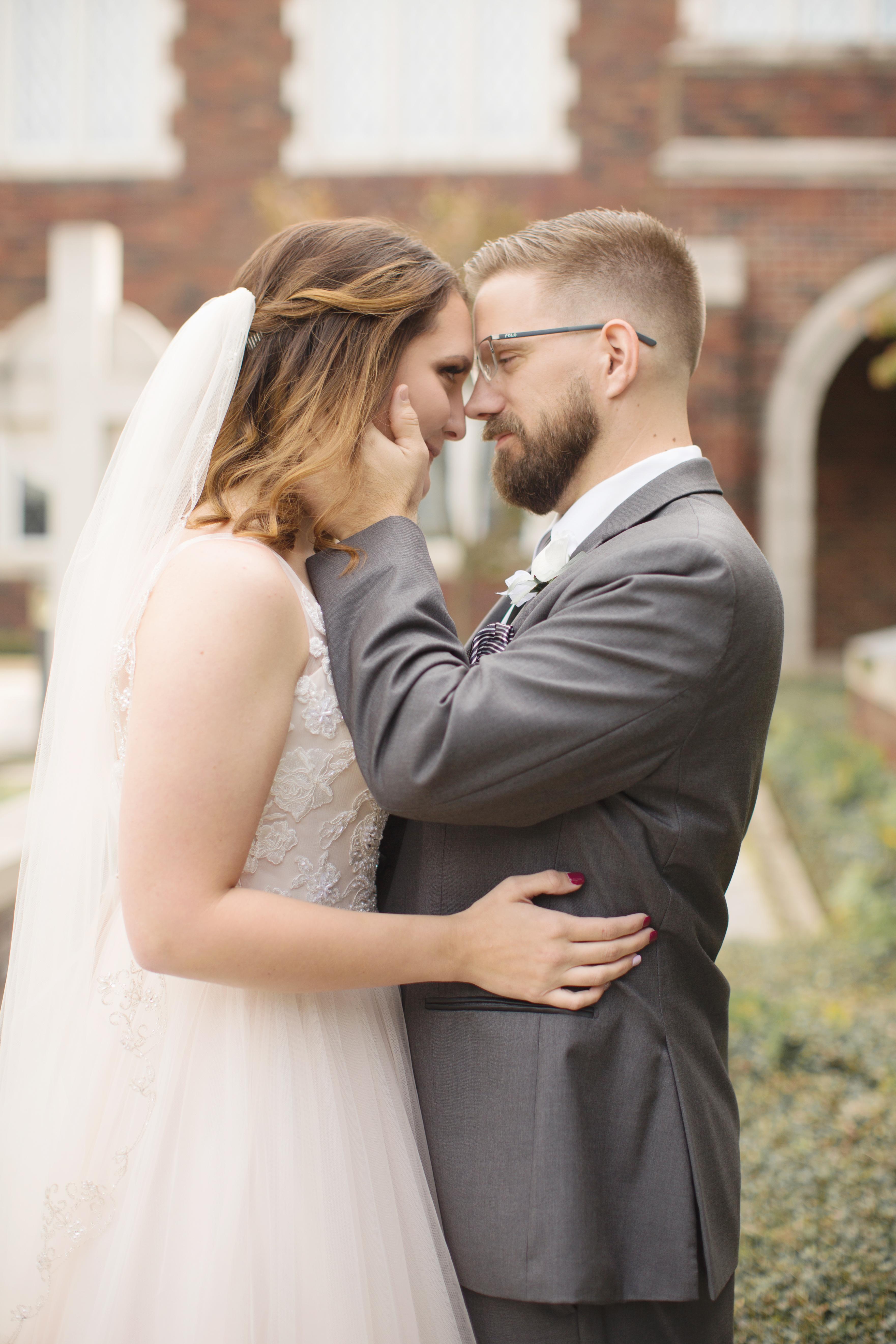 groom and bridal photo Arkansas Photographer Presbyterian Church
