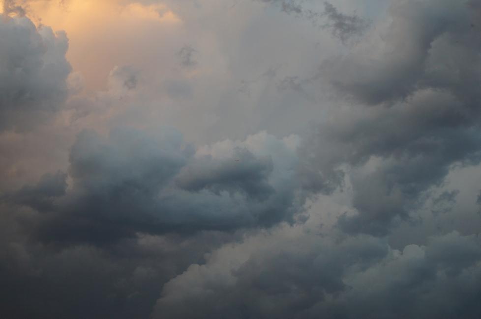 Clarté diffuse dans le ciel