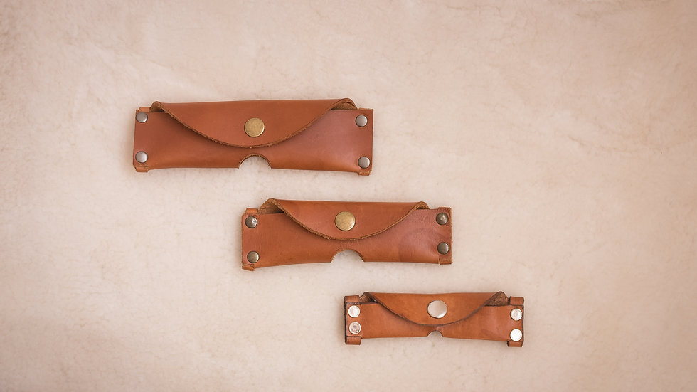 Knife pouches