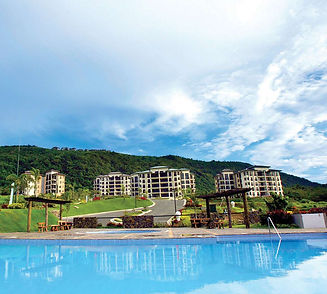 Condo for sale at Tagaytay Highlands