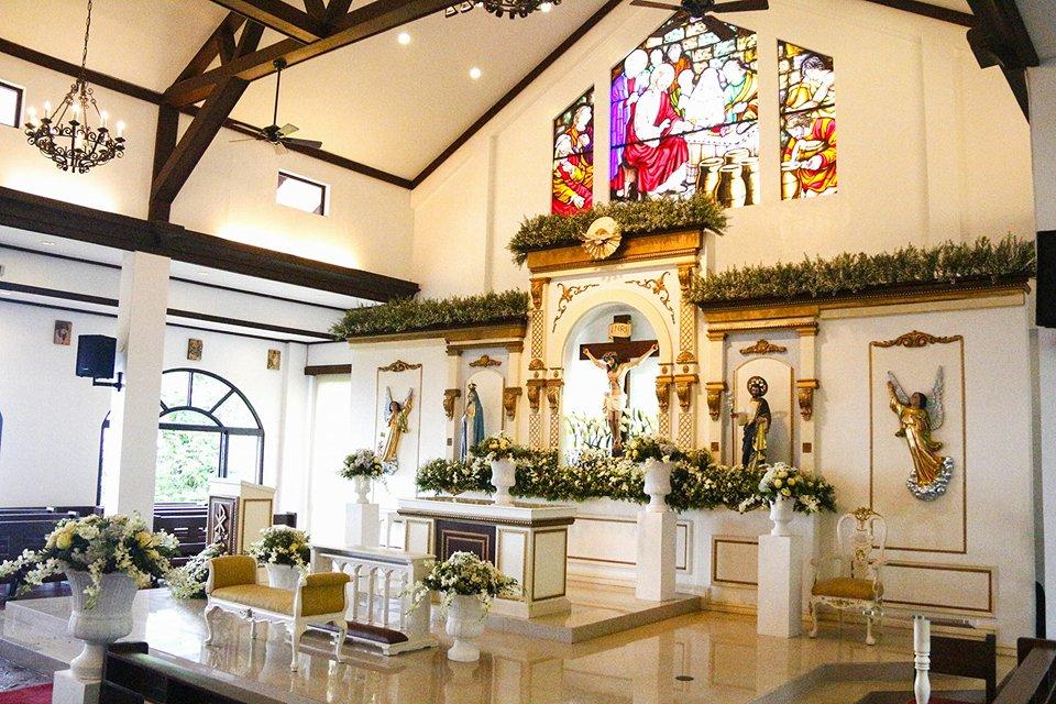 Madre De Dios Chapel Interior