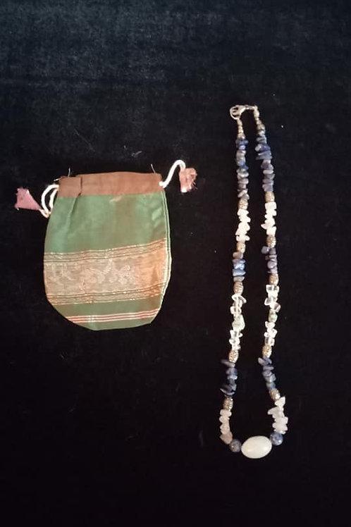 Collar de Cuarzos y Lapis Lazuli