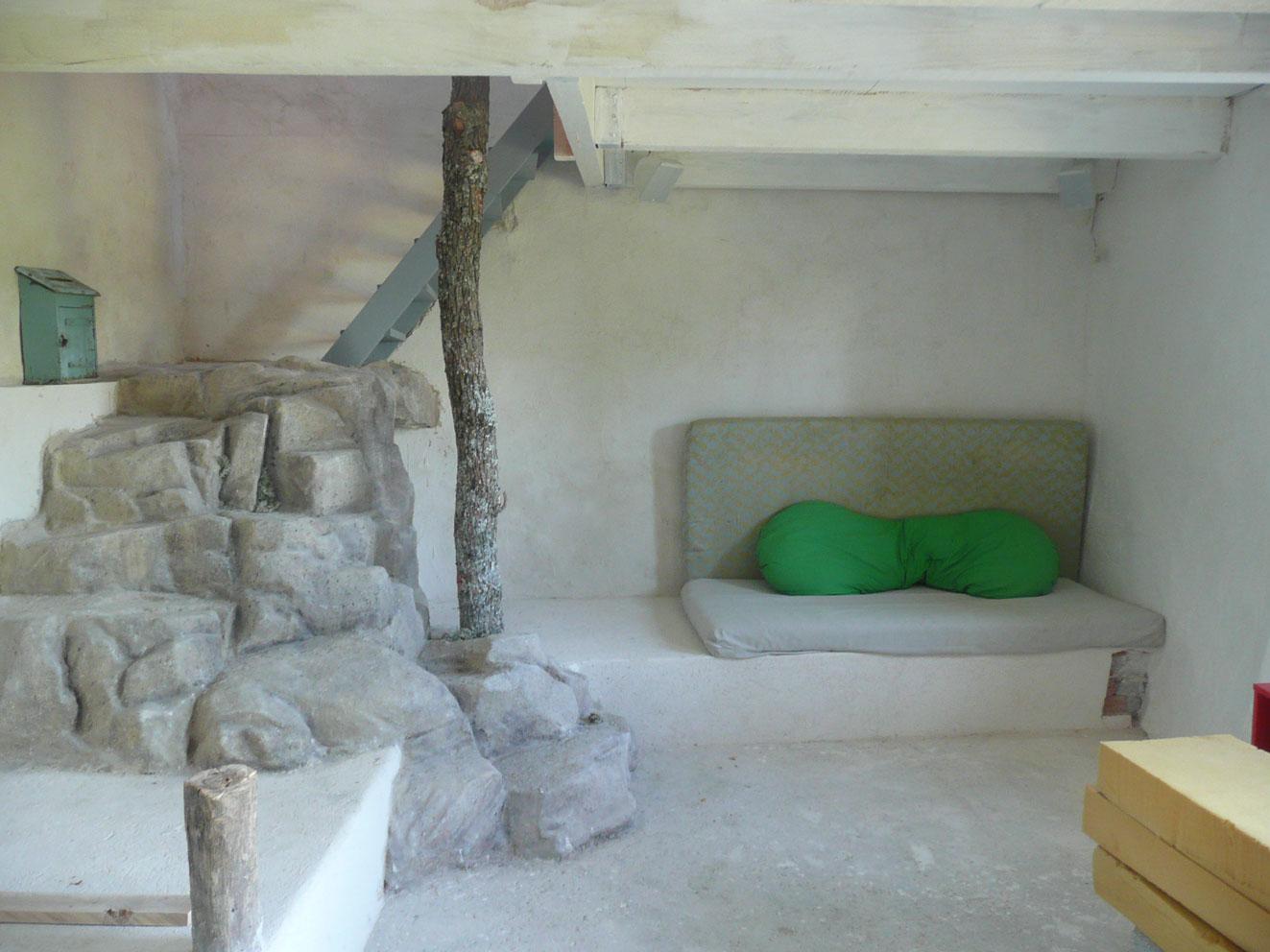 Escalier en faux rocher