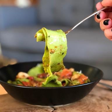 Spinach Pasta - Chilli Prawns